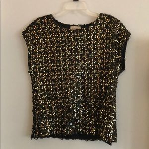 Tops - Vintage Black and Gold Sequin Top Size M